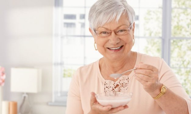 8 Best Snacks for Active Older Adults